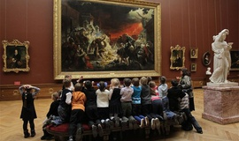 Зачем посещать музей с детьми?