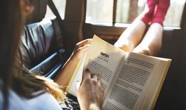 Как изменить отношение детей и подростков к чтению?